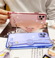 Electroplating Mobile Phone Case Wristband 6D Fine Hole All-Inclusive iPhone Case