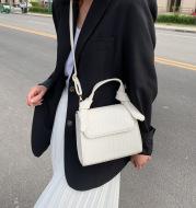 Fashion All-Match Portable Crocodile Pattern One-Shoulder Small Square Bag