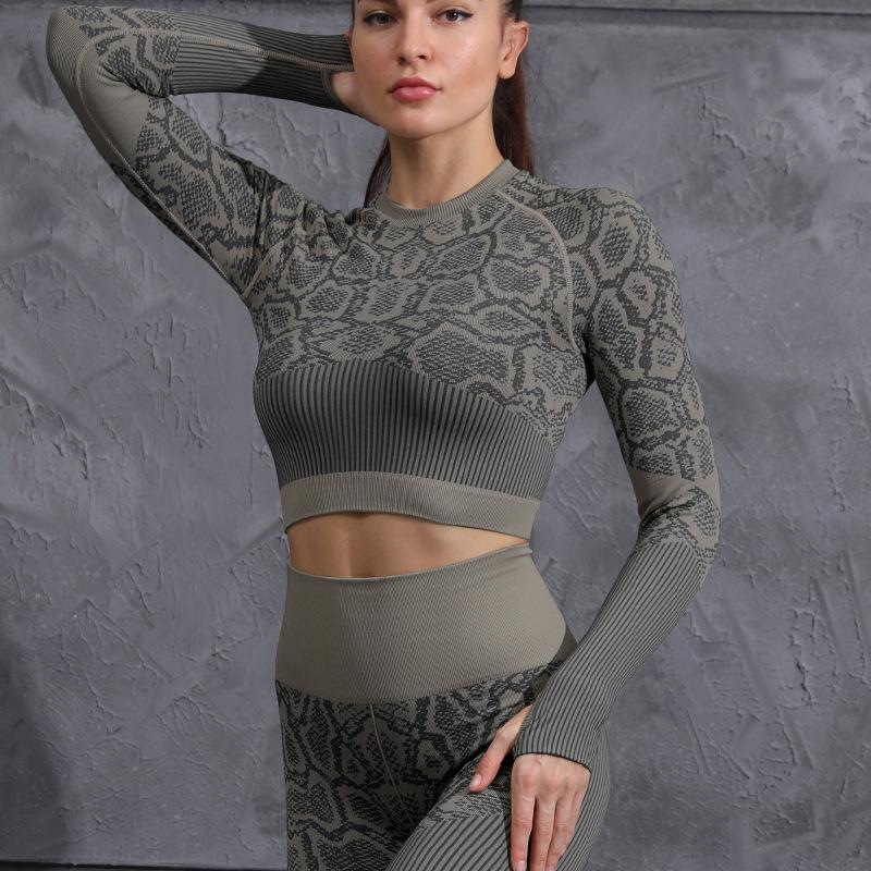 Women's Slim-Fitting Snake Pattern Yoga Set - Dark Grey - JOMOBabe Online Store   Women Workout Clothes & Gym Gear   JOMOBabe