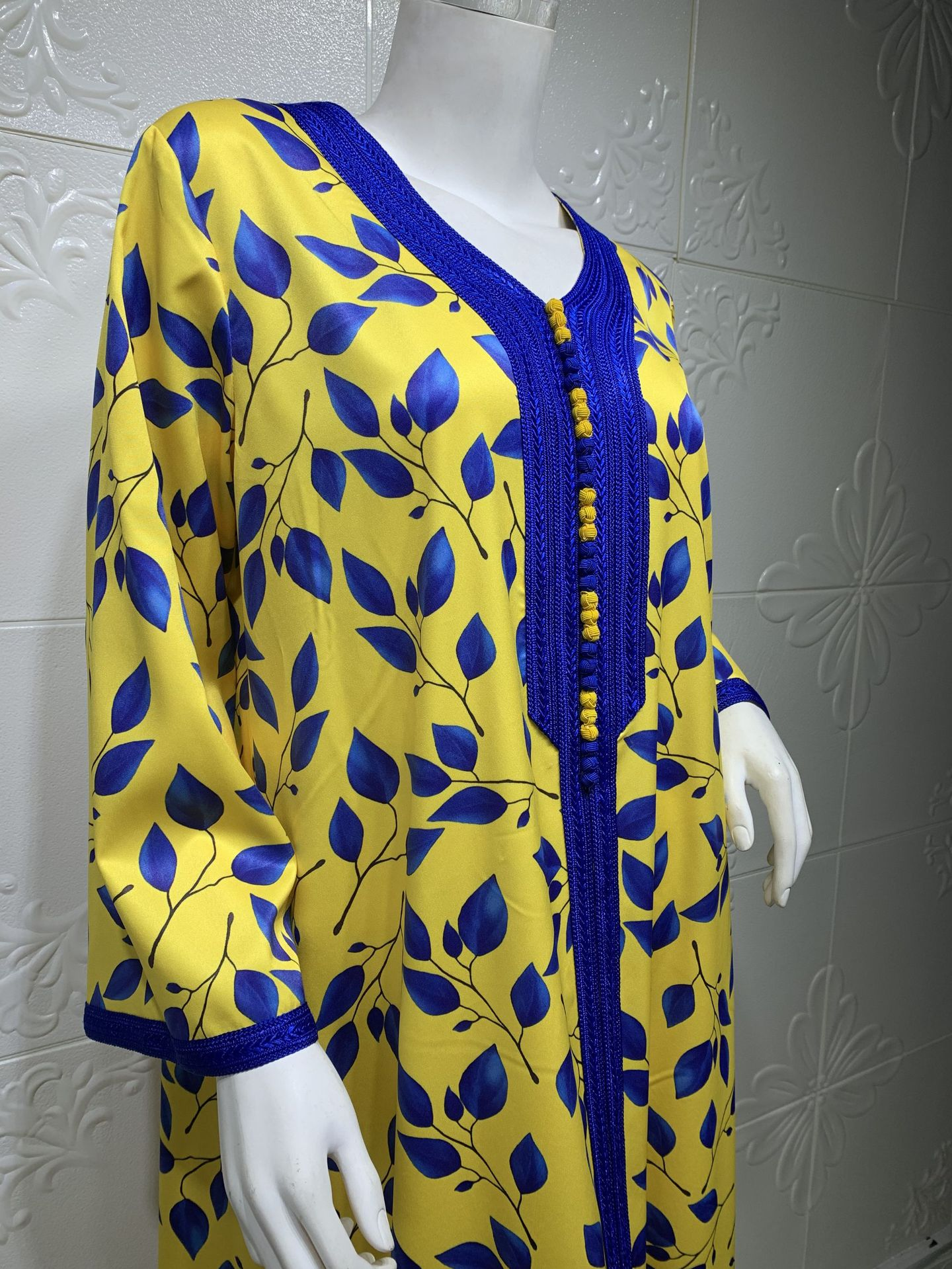 Arabian Middle East Printed Floral Robe