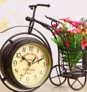European-style Three-wheeled Bicycle Clock Craft Ornaments