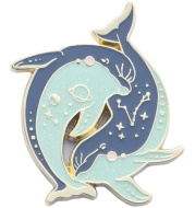 Cool Things Sneak Pisces Metal Badge Original Design Brooch Fashion Creative Personality Jewelry Dolphin Gift