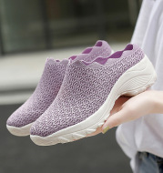Summer Old Beijing Cloth Shoes Women Mesh Surface Breathable Mother Shoes