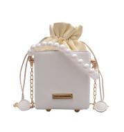 Popular All-match Pearl Portable Chain Messenger Bag