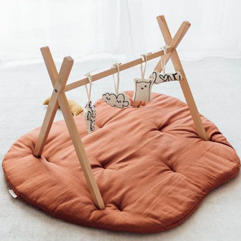 Tapis-deveil-marron
