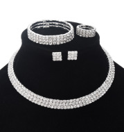 Exaggerated Claw Diamond Beaded Four-Piece Set Multilayer Necklace