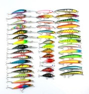 43 Pcs Mixed Size Colors Fly Fishing Lure Set Wobbler