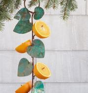 Small Bird Feeder Outdoor Hanging Plastic Metal Bird Feeder Garden Automatic Bird Feeder