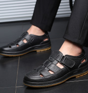 Leather Middle-aged Baotou Sandals Men's Hollow Breathable Leather Shoes