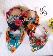 Pastoral Style Ladies Face Wash Hairband Baotou Triangle Scarf Hair Accessories