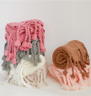 Positive And Negative Woven Tassels Casual Nap Air Conditioning Blanket Shawl Office Blanket Emily
