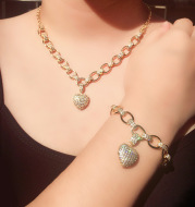 Micro Inlaid Heart-Shaped Necklace And Bracelet Set