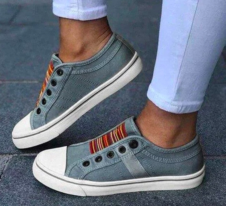 wander full Comfortable Stylish Sneakers