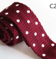 Knitted woolen collar