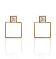 Irregular pearl earrings