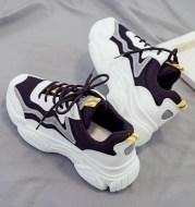Running casual sneakers