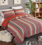 Three piece set of cotton and linen style cotton wash quilt