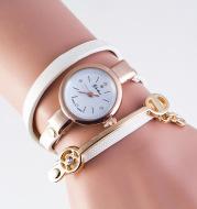 Casual three-winding bracelet watch