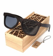 Wooden eco-friendly men's sunglasses