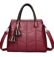 One - shoulder tassel bag