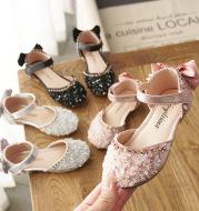 Girl's sandals with rhinestone soft bottom