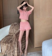Women's knitted top suit