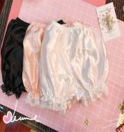 Lace lantern pumpkin shorts