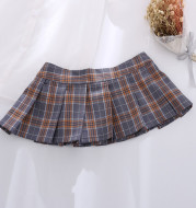 Women's college style pleated skirt