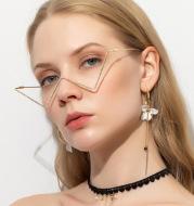Non-piece metal diamond glasses