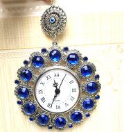 Blue eyes clock