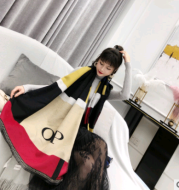Female air conditioner shawl Europe and the United States new atmosphere color matching square lattice pull scarf warm shawl
