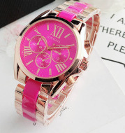 European and American fashion student wristwatch