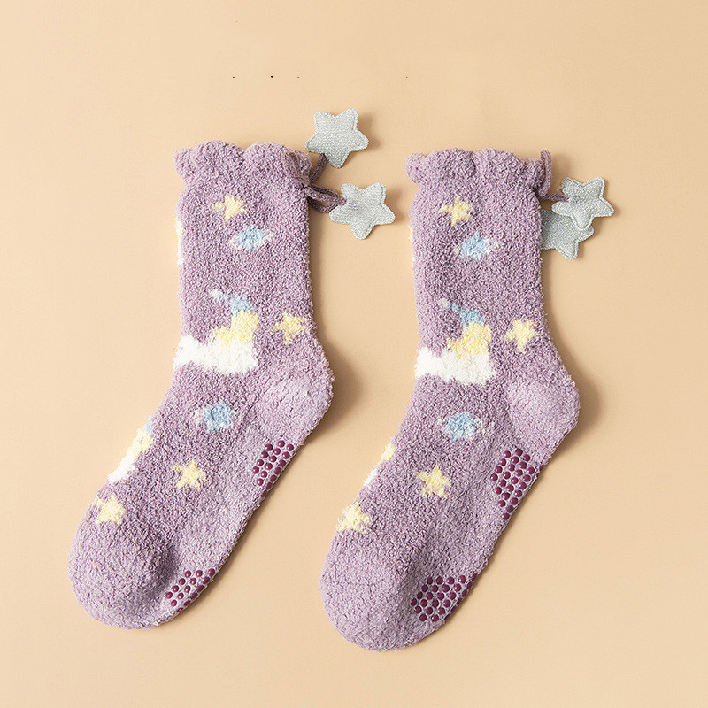 Calcetines gruesos de invierno violeta nubes