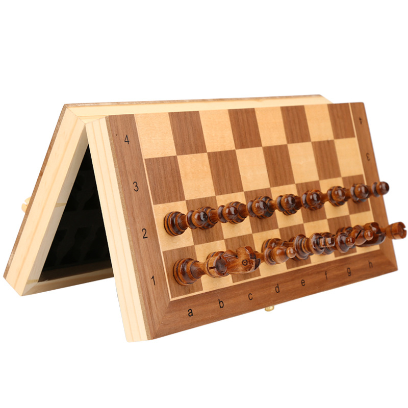 Jeu d'échecs en bois massif 4