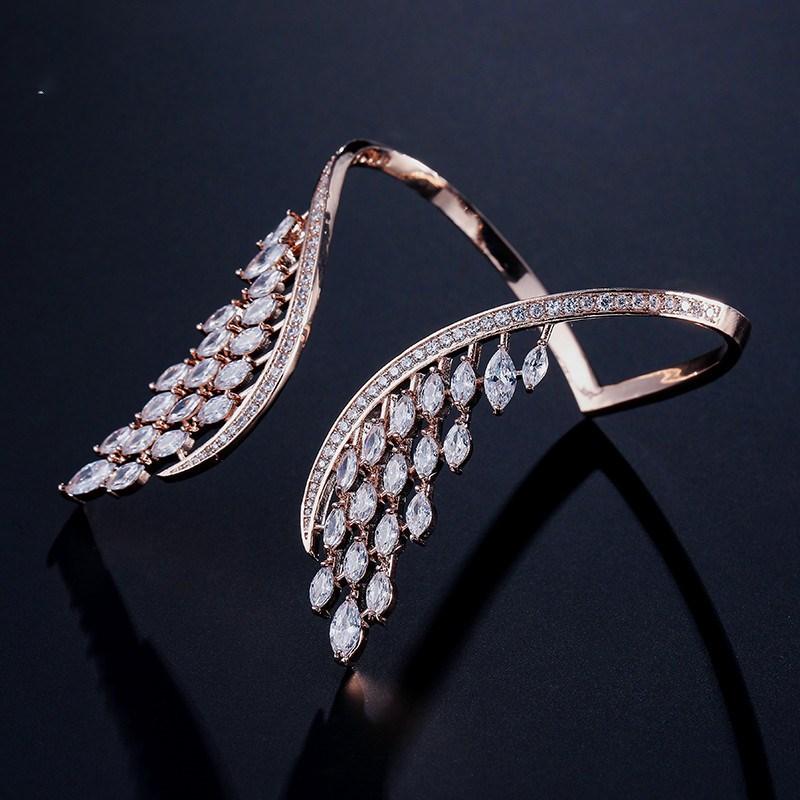 bracelet aile d'ange posé