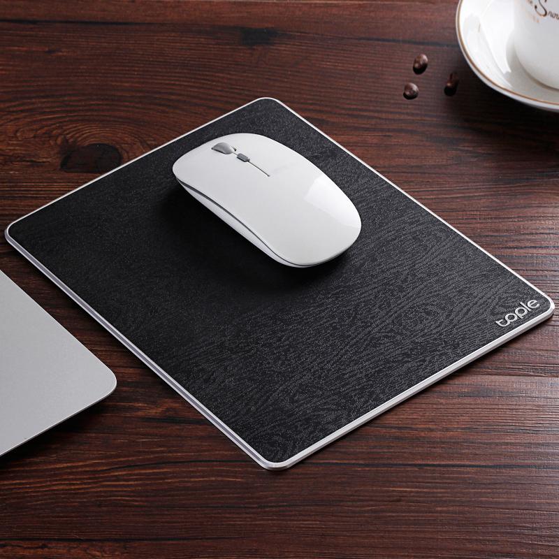 Tapis de souris double matière aluminium et cuir couleur noir
