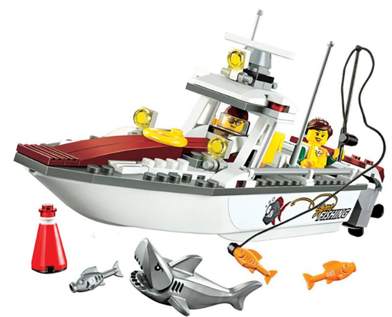 Shark & Fishing Boat Model Building Blocks Educational Toys (160pcs)