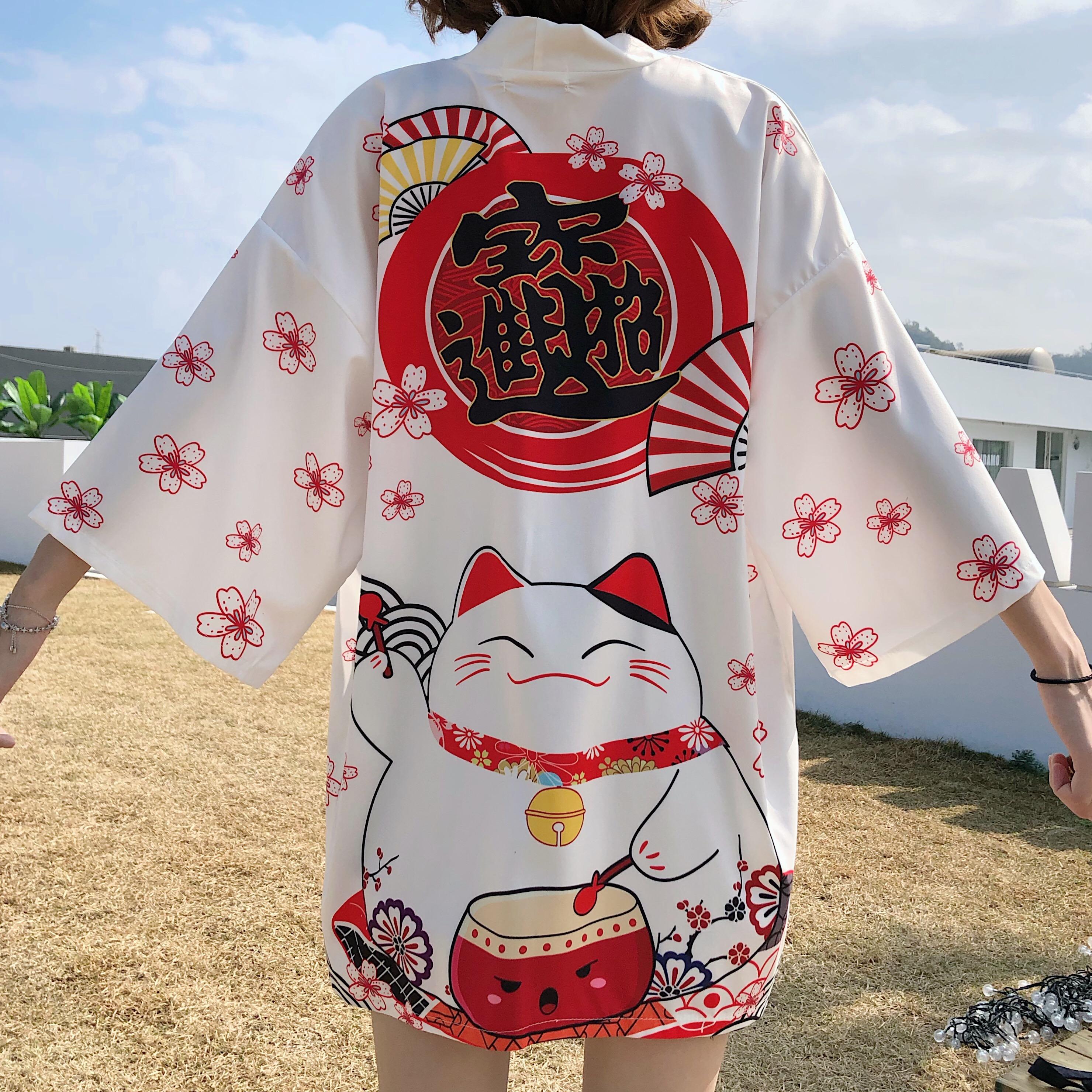 Foto trasera Chaqueta Haori estilo japonés mujer Maneki Neko blanca 2