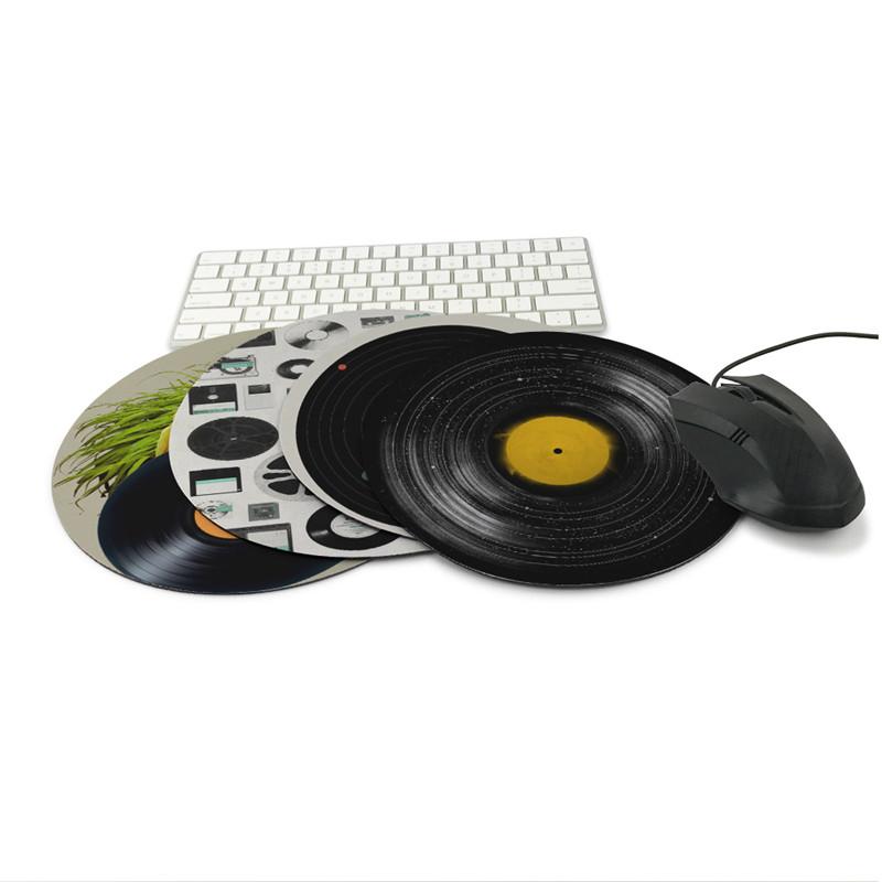 tapis de souris au style vinyle