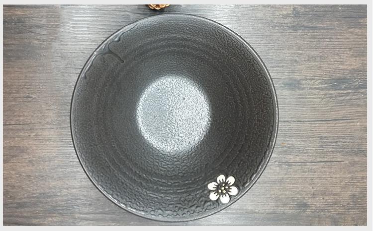 Foto superior cuenco cerámica japonesa para ramen.