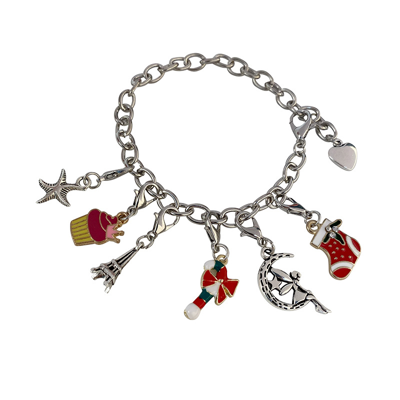 Christmas Themed Charm Bracelet Kit 6