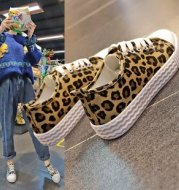 Leopard pattern wild canvas shoes student ins flat bottom shoes tide