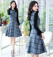 Sleeveless woolen vest skirt