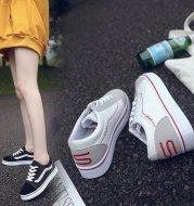 Autumn new women's single shoes Korean fashion student sports running shoes wild female flat bottom